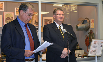 William Shore, DVM, chairman of the MVMA Foundation, reads the nomination of MU CVM Professor Emeritus William Fales to the Missouri Veterinary Medical Foundation (MVMF) Veterinary Honor Roll Sept. 10.