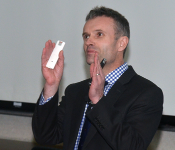 B. Duncan Lascelles, a professor of small animal surgery and pain management, was the Niemeyer Visiting Lecturer at the University of Missouri College of Veterinary Medicine on Feb. 13.