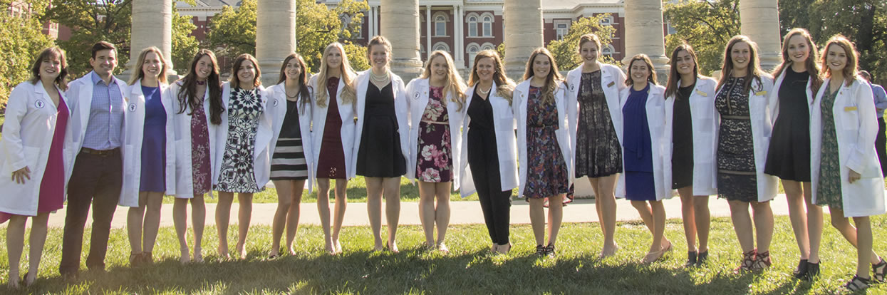 Clinical Rotations Commence for CVM Class of 2019