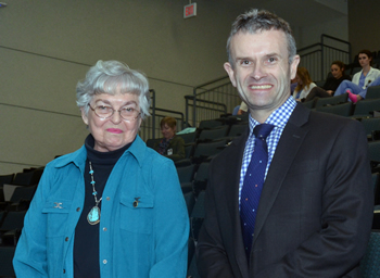 Margaret Niemeyer, who with her husband, Kenneth, established the Niemeyer Visiting Lecture Fund, meets B. Duncan Lascelles, who presented two lectures on Feb. 13.