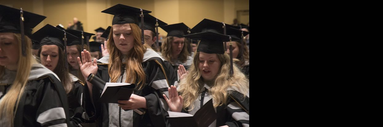 CVM Class of 2018 Lauded for Resiliency, Camaraderie